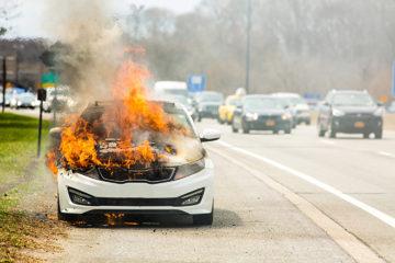 Kỹ năng xử lý khi có cháy xảy ra trên ô tô