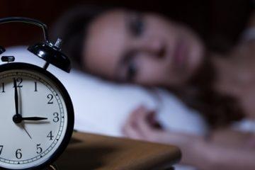 NẰM MÃI KHÔNG NGỦ ĐƯỢC – Dấu hiệu báo trước của bệnh tâm thần