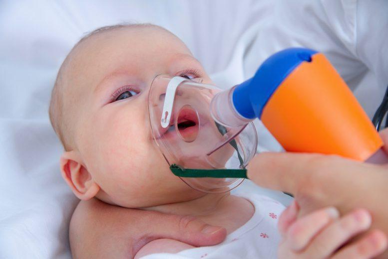 Viêm phổi ở tre moi sinh