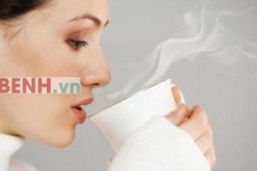 Uống nước ấm buổi sáng và những lợi ích bất ngờ