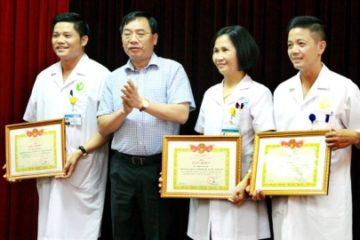 Xét nghiệm phơi nhiễm HIV: 18 y bác sĩ bệnh viện Phụ sản Hà Nội có kết quả âm tính