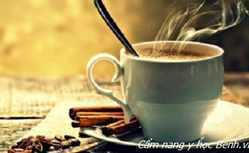 Uống 3 ly cà phê/ngày giúp bệnh nhân HIV, viêm gan C tăng cơ hội sống