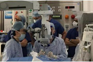 Bệnh nhân mù đầu tiên nhìn thấy ánh sáng nhờ công nghệ đưa DNA vào mắt
