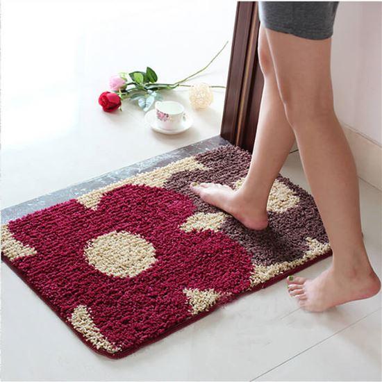 Thảm lót chân là một trong những nơi có nhiều vi khuẩn nhất trong nhà