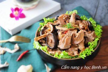 Bồ câu hầm nấm: Món ngon nhất định phải thử làm cho gia đình vào cuối tuần