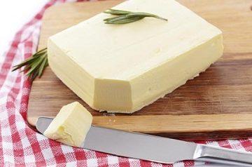 Vì sao bạn nên hạn chế ăn bơ thực vật?