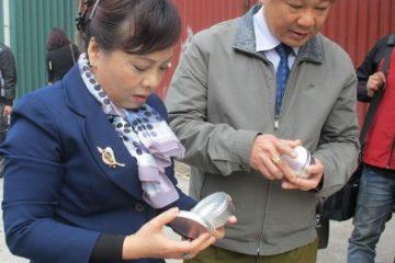 Phát hiện và thu giữ nhiều mỹ phẩm, hương liệu sữa không rõ nguồn gốc