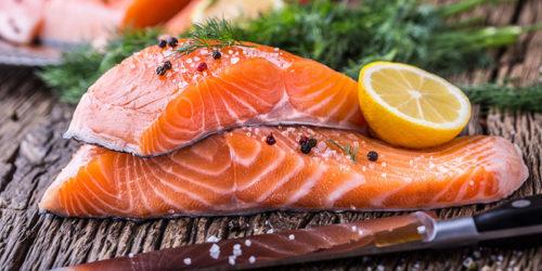 cá hồi tốt cho bệnh thiếu máu