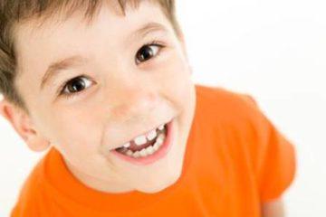 Sai lầm phổ biến khi hiểu và chăm sóc răng sữa