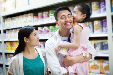 Chọn sữa cho con: Đừng theo cảm tính