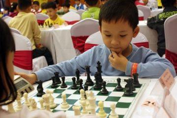Cờ Vua: Giải pháp điều trị cho trẻ tự kỷ và rối loạn hành vi