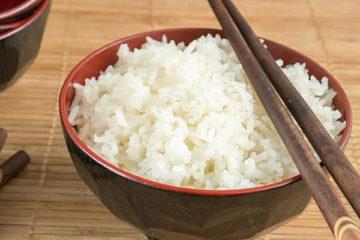 ăn cơm nguội