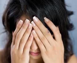 Đau đầu, đau quanh mắt có thực sự nghiêm trọng?