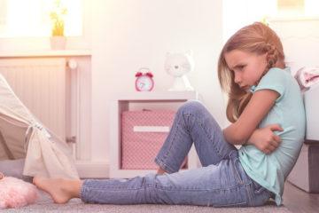 Mối nguy hiểm khi con gái dậy thì trước tuổi 13
