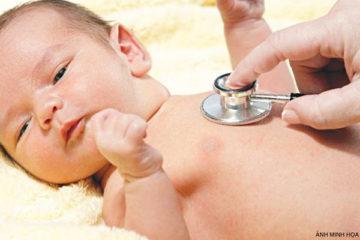 Chữa ngạt mũi cho bé 2 tháng tuổi