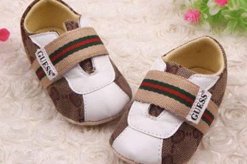 Những tiêu chí cần ghi nhớ khi cha mẹ chọn giày cho bé