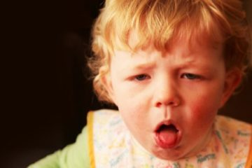 Trẻ bị ho gà tăng bất thường và phương pháp phòng tránh