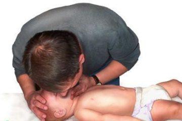 Kỹ năng hồi sức tim phổi cho trẻ cha mẹ nên trang bị