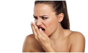 Hơi thở có mùi báo hiệu bạn đã mắc bệnh