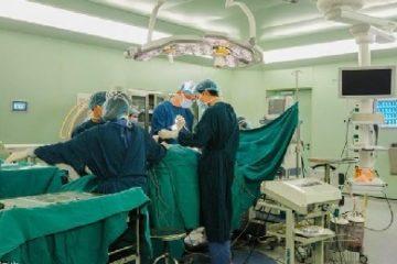 Khai trương hệ thống công nghệ O-arm chẩn đoán và điều trị cột sống
