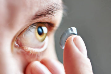 Những lưu ý khi đeo kính áp tròng