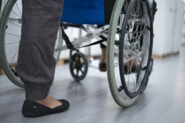 Phục hồi chức năng bệnh nhân liệt hai chân, liệt tứ chi do tổn thương tủy sống