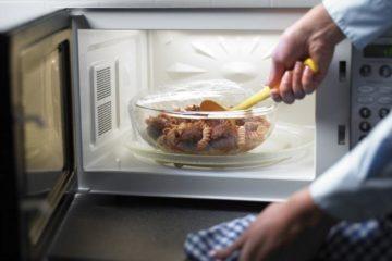 Nguy cơ nhiễm độc từ đồ dùng nhà bếp và cách phòng tránh