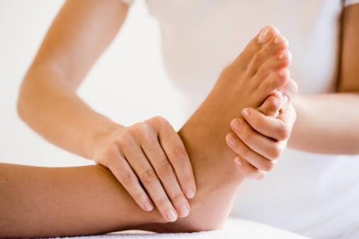 Lợi ích của massage chân với sức khoẻ