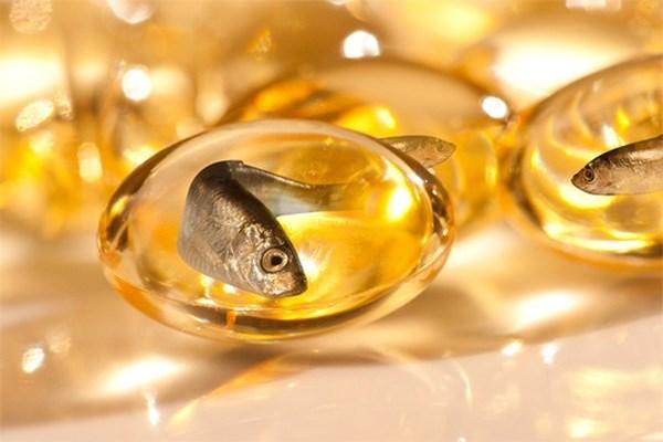 có nên uống dầu cá khi mang thai