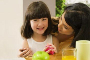 Những loại thực phẩm tuyệt đối không nên cho trẻ ăn khi đói