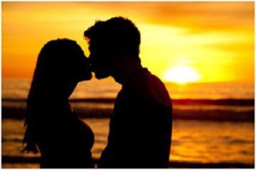 Có ai ngờ nụ hôn cũng có thể gây vô sinh