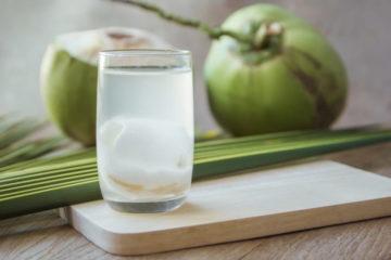 Tác dụng của nước dừa, những lưu ý khi sử dụng