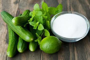 Tự chế sữa rửa mặt cho da dầu bằng dưa chuột, bạc hà