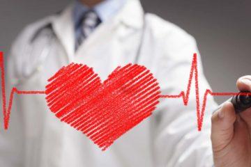 Uống canxi bổ sung liên quan đến biến chứng suy tim và sỏi thận