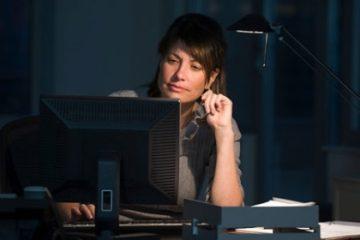 Thức đêm thường xuyên có thể làm thay đổi gen