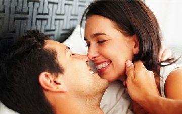 Tại sao đàn ông thường thích quan hệ bằng miệng?