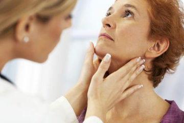 Khám phát hiện bệnh vùng họng thanh quản