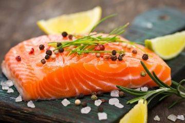 Những thức ăn tốt và không tốt cho tuổi mãn kinh bạn nên biết