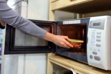6 thực phẩm sẽ gây hại khi bị hâm nóng lại nhiều lần