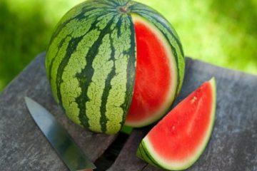 Nửa trái dưa hấu