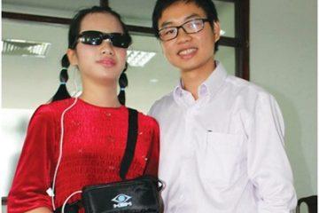 TPHCM Sản xuất thí điểm 'mắt thần 2EX' cho người mù
