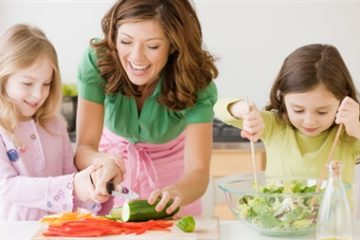 Bí quyết tạo thói quen ăn uống cho trẻ biếng ăn của các bà mẹ Pháp