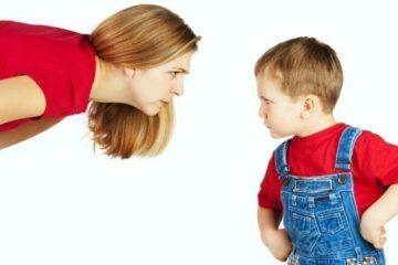 Trẻ bướng bỉnh