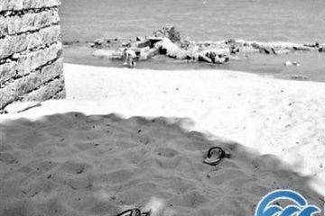 Trung Quốc: Mắc chứng trầm cảm sau sinh, người mẹ dắt 2 con trai tự tử trên biển