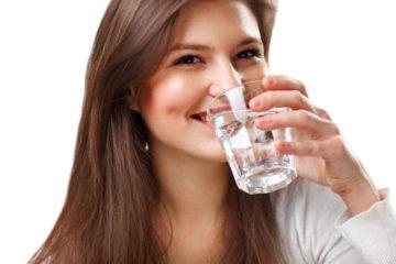 10 dấu hiệu chứng tỏ bạn uống không đủ nước
