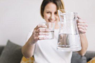 Những biều hiện cần biết khi uống quá nhiều nước