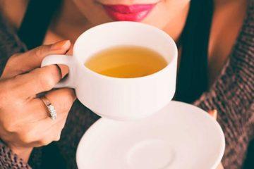 Nguy hiểm khôn lường khi uống trà không đúng cách
