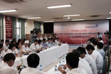 Vietinbank tài trợ 20 máy thận nhân tạo cho bệnh viện Bạch Mai