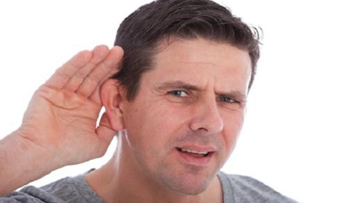 viêm tai giữa cấp tính xuất tiết dịch thấm