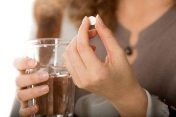 uống thuốc đau dạ dày